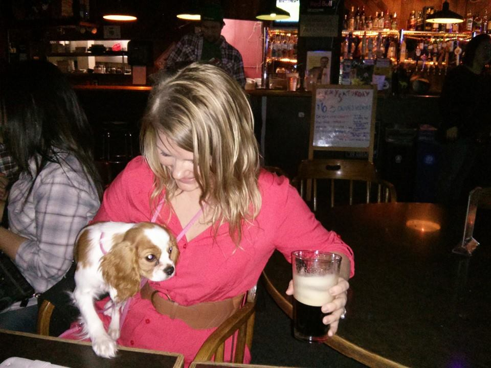 Four B's – A Dog-Friendly Fremont Dive Bar!